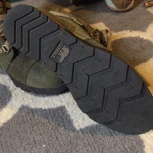 Shoes - Sorel boots